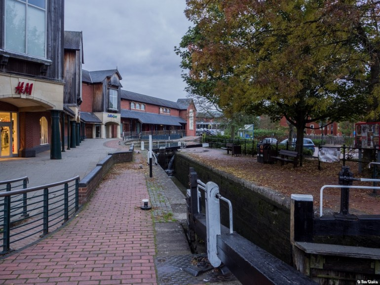 Banbury Lock: Ancient and modern in a delightful mix.