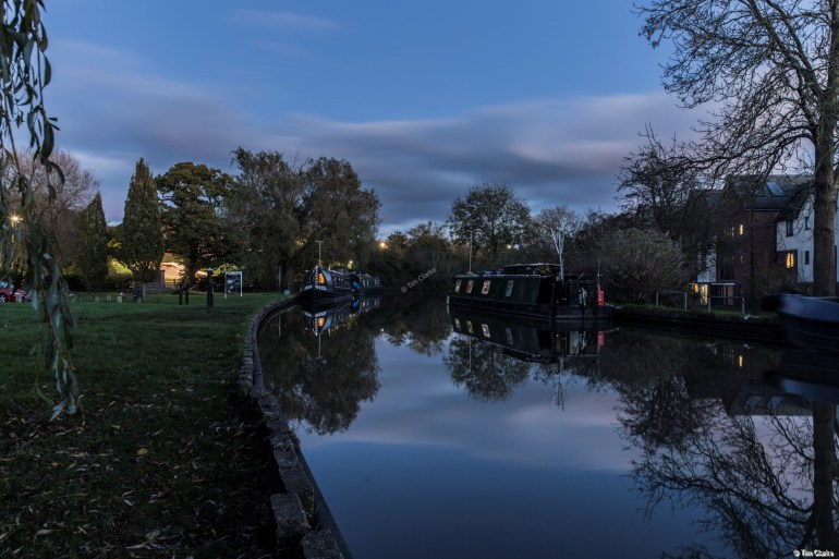 Brownsover Visitor Moorings: Quiet evening scene.