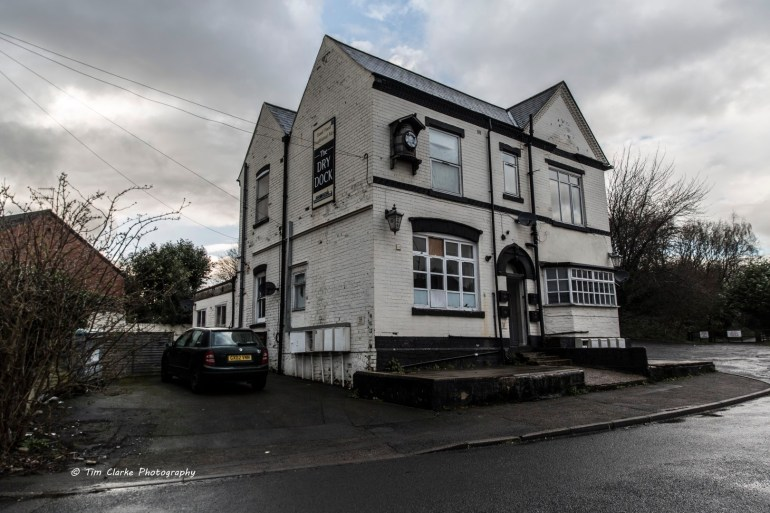 Former Dry Dock Pub, Windmill End, Netherton.