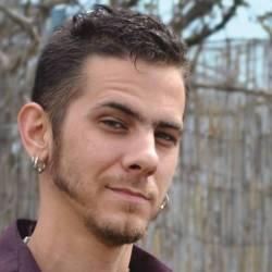 Oneshi Press co-founder, Jayel Draco's bio pic