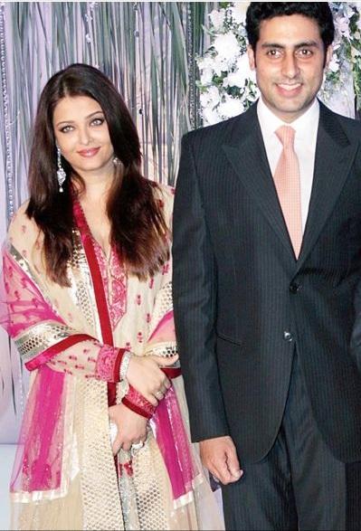 Aishwarya Rai Bachchan & Abhishek Bachchan at Dr Satyapal Singh's Daughter Wedding