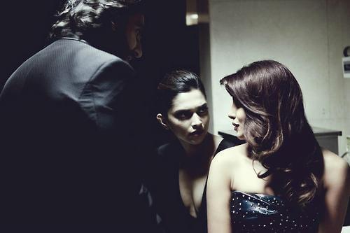 Priyanka Chopra, Deepika Padukone, Parineeti Chopra, Anushka Sharma & Ranveer Singh at the Filmfare Awards 2013