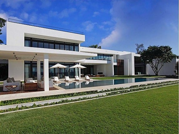 Alex Rodriguez Sold his Miami Waterfront Mansion