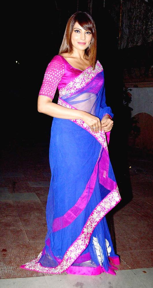 Bipasha Basu and Harman Baweja Celebrate Diwali