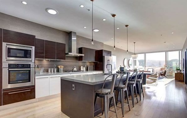 Celebrity Homes - Ty Burrell's Condo in Culver City