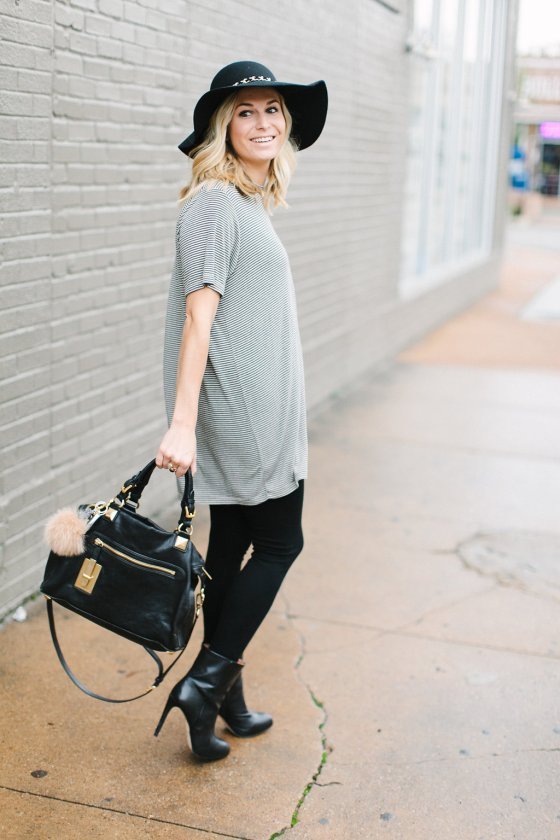 casual oversized t shirt outfit