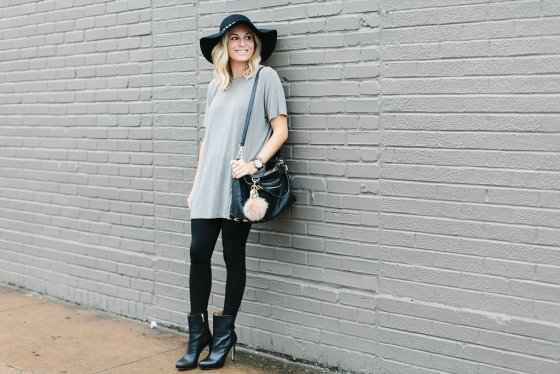 striped oversized t shirt with black accessories