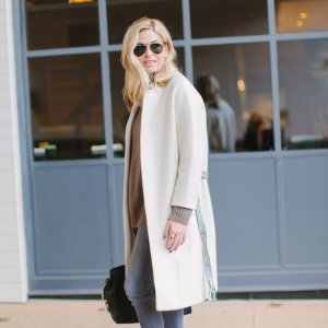 d00b8f41 off white coat with belt-winter white coat-cold weather outfit inspiration- dallas