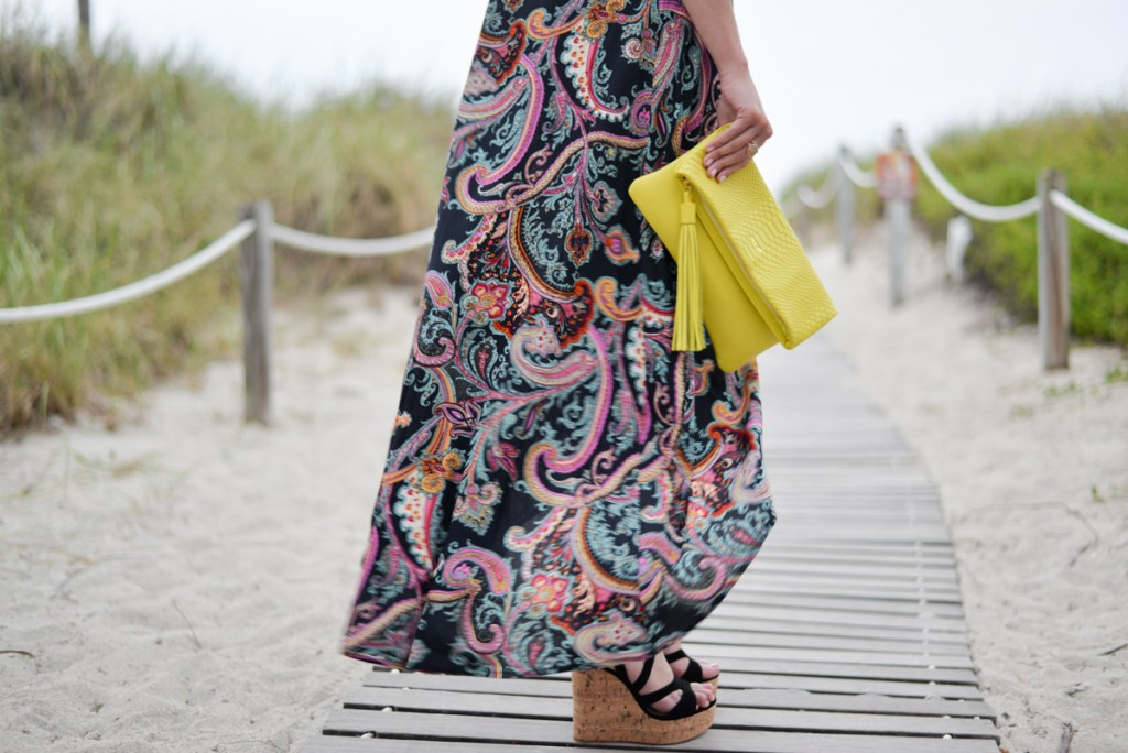 paisley maxi dress with gigi new york lime green clutch