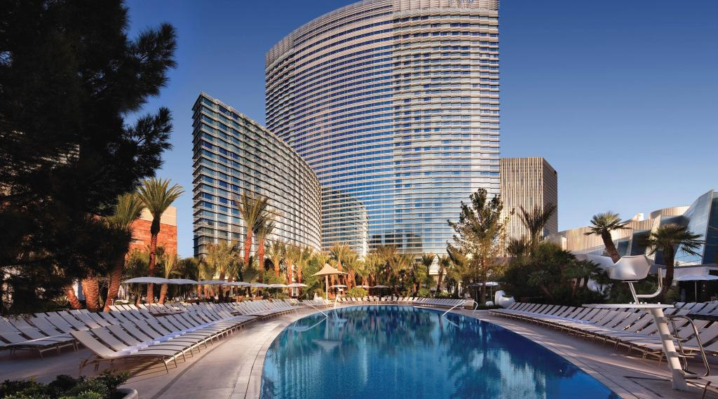 Step outside, and soak in the Las Vegas sun from the desert oasis of ARIA's three ellipse-shaped pools.