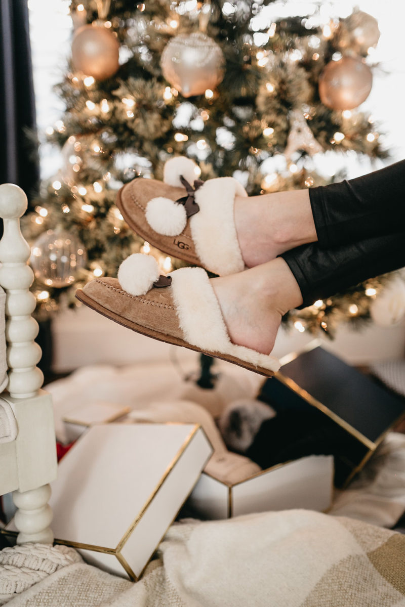 style blogger, cozy gifts, brooke burnett