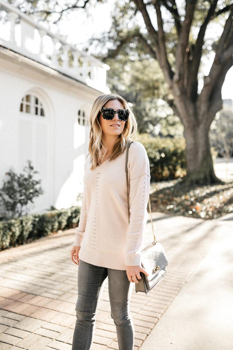 fashion blogger, style blogger, blush sweater, valentines day