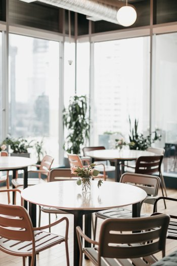 Uptown Dallas meeting and work space