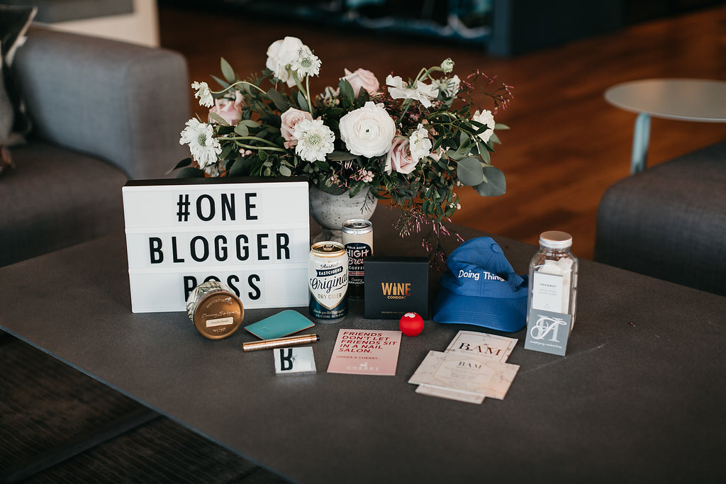 lifestyle blogger gifts for blogging workshop