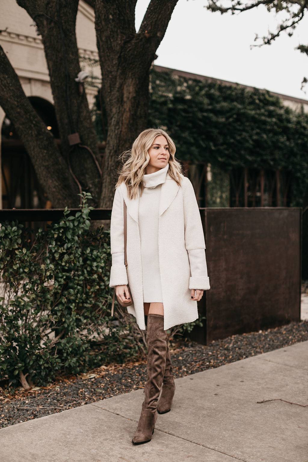 WINTER WHITE COAT - ONE SMALL BLONDE