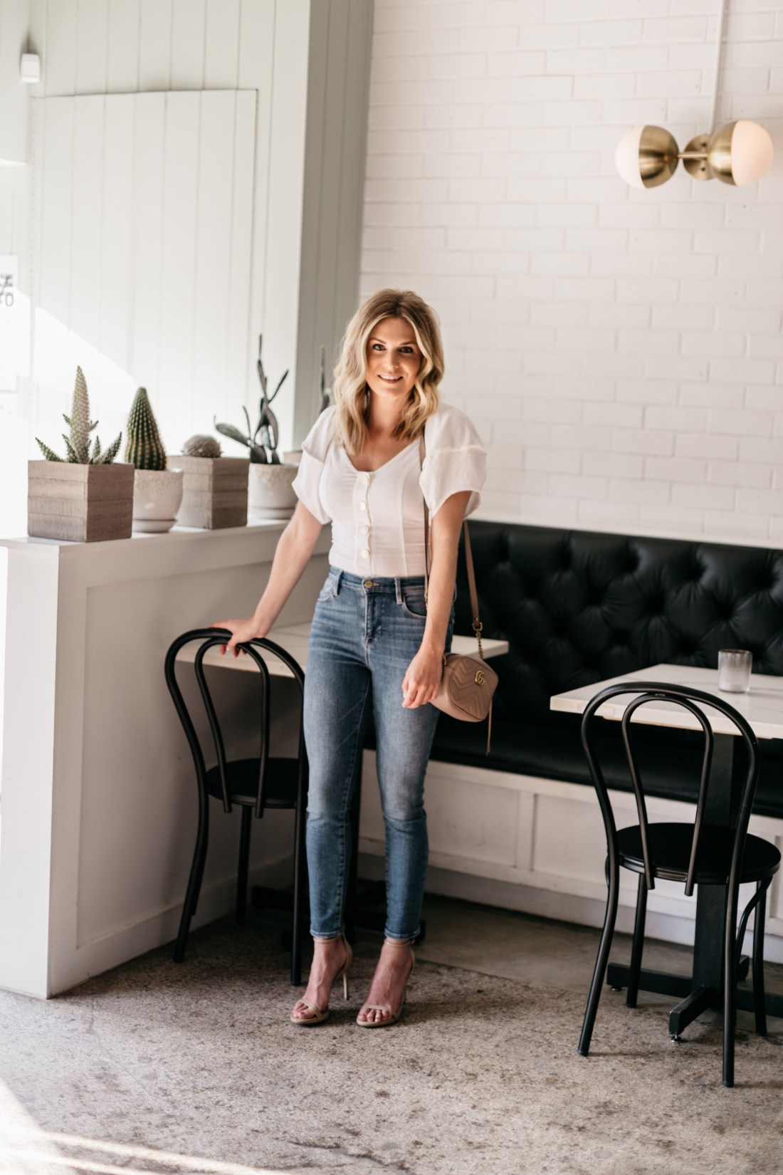 white top and jeans outfit