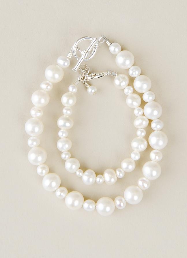 Mother-child-pearl-bracelet
