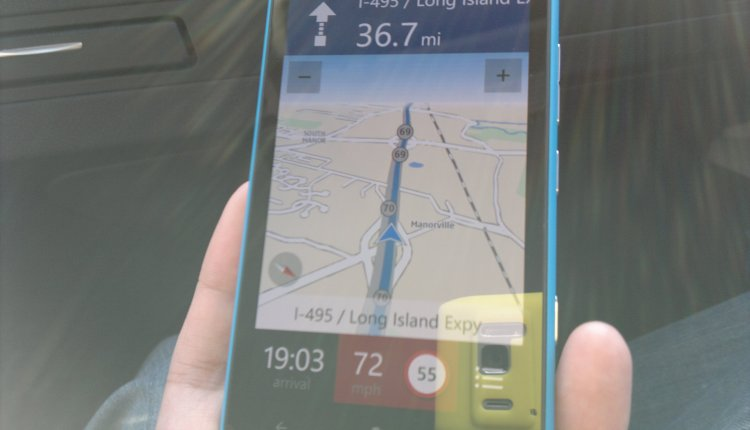 Navigating a route via Nokia Drive