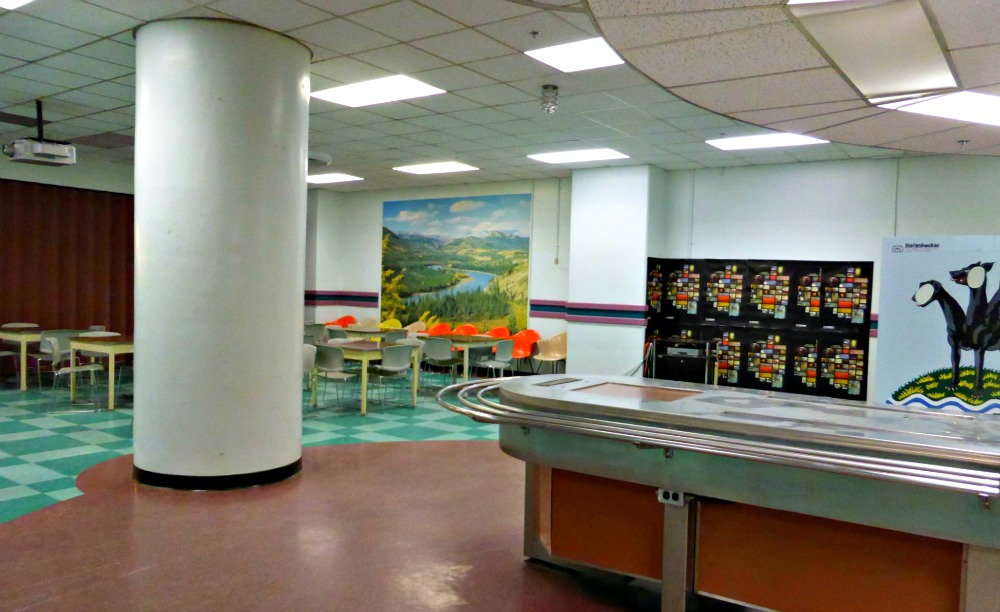 Diefenbunker Cafeteria
