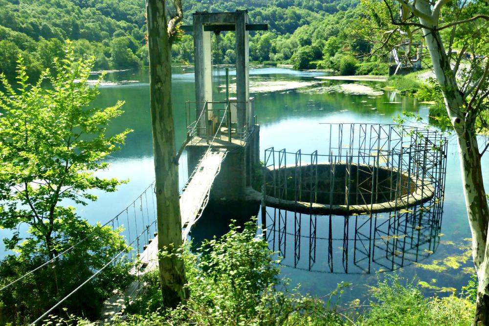 Reservoir by the Blue Eye