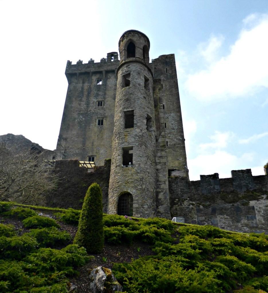 Exploring Blarney Castle || www.onetripatatime.com