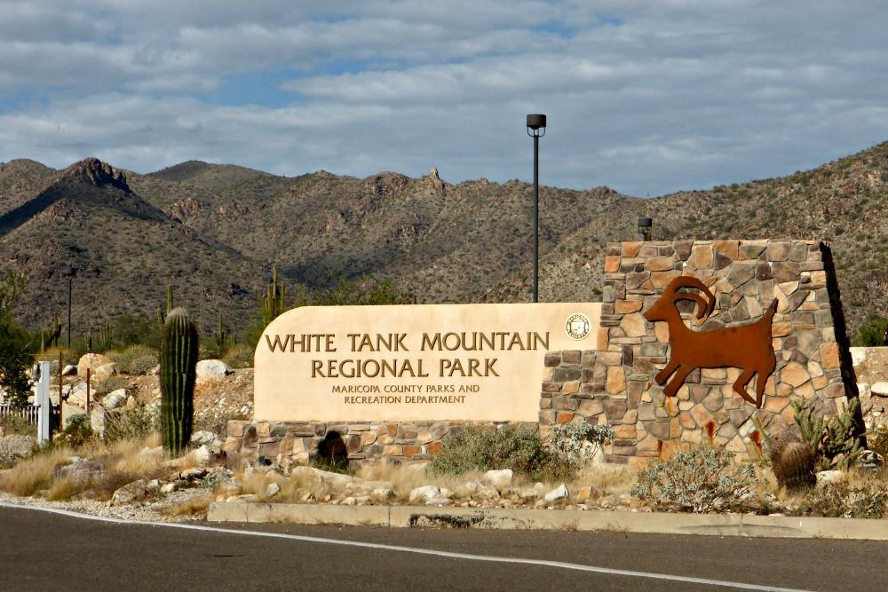 A Hike in White Tank Mountains in Phoenix, AZ || www.onetripatatime.com