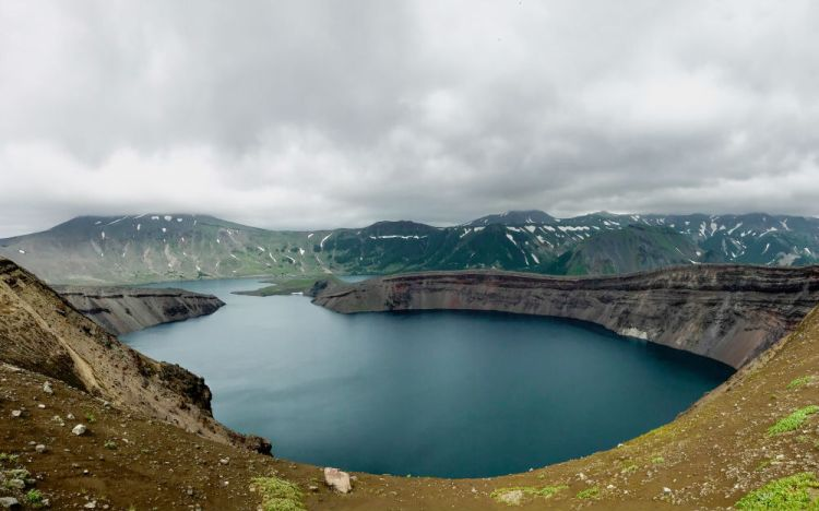 Вулканическое озеро