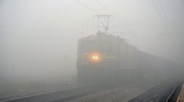 Dense fog in Delhi