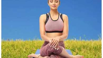 bollywood celebrities who practice yoga