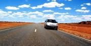Cómo alquilar un coche: 10 consejos para este verano