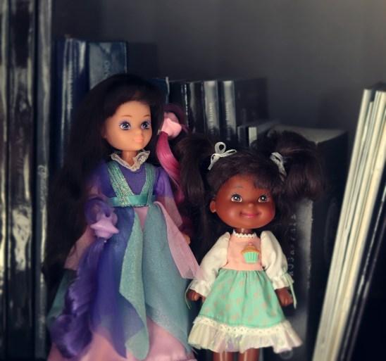 La Duchesse Noir-de-Jais et Apple Amy