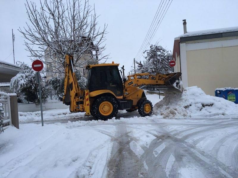 """Οι """"αλήτες"""" του χιονιά και τα 270 μηχανήματα! Τα παράλογα των πολιτών"""
