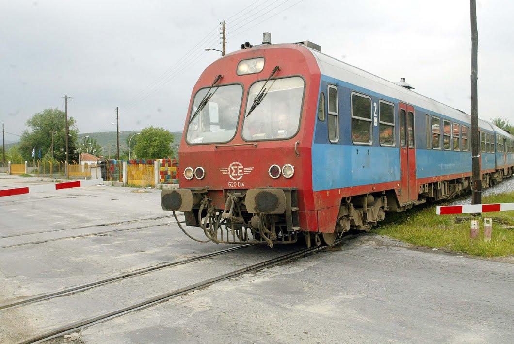 Ακρωτηριάστηκε από τρένο και στα δυο του πόδια στη Λάρισα!