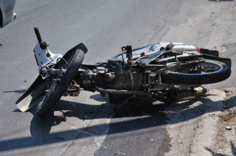 Στο νοσοκομείο Λαρισαία μετά από τροχαίο αυτοκινήτου με μηχανάκι