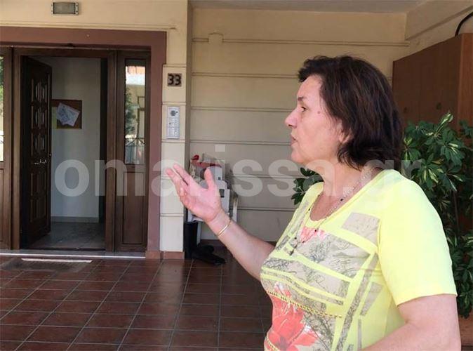 Βίντεο - μαρτυρία: Χτύπησα την πόρτα της 24χρονης, είχε τις αισθήσεις της ακόμη αλλά ήταν τα πάντα κλειστά...