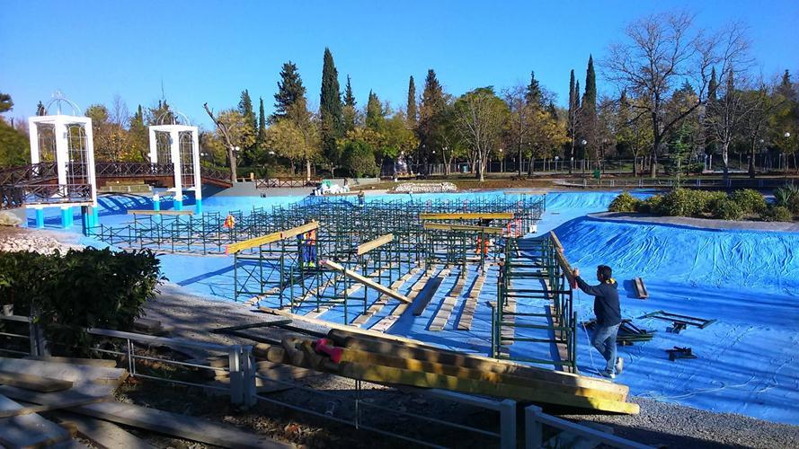 """Πυρετώδεις εργασίες στο """"Πάρκο των Ευχών"""" στο Αλκαζάρ - Δείτε φωτογραφίες"""