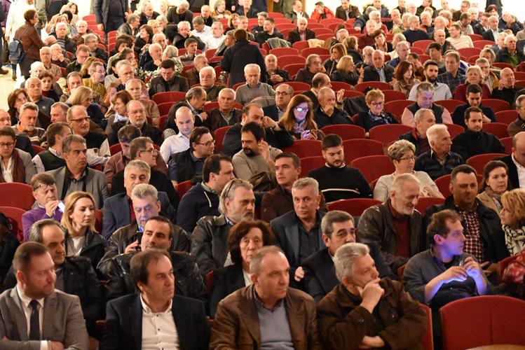Ποιούς είδαμε στην ομιλία του Τσακαλώτου στη Λάρισα - Δείτε πλούσιο φωτορεπορτάζ