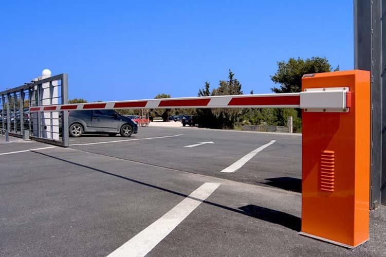 Δωρεάν πάρκινγκ τέλος στην οδό Καλλιθέας στη Λάρισα