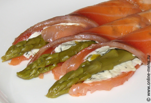 Рулетики из семги со спаржей — рецепт - Онлайн-меню ...