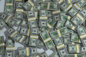 Barbatul ingropat cu bani
