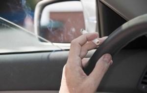 Sfaturi utile: Iata cum poate fi eliminat mirosul de tigara din masina