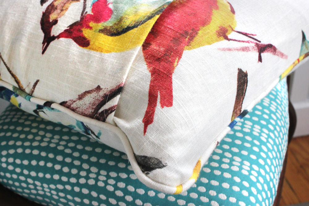 Diy Throw Pillow With Piping : DIY Envelope Pillow with Piping Tutorial - OnlineFabricStore.net Blog