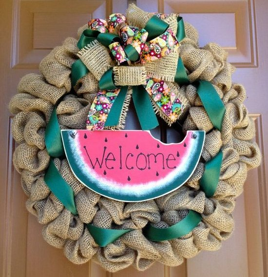 DIY-burlap-wreath-ideas-summer-decoration-green-ribbon-water-melon