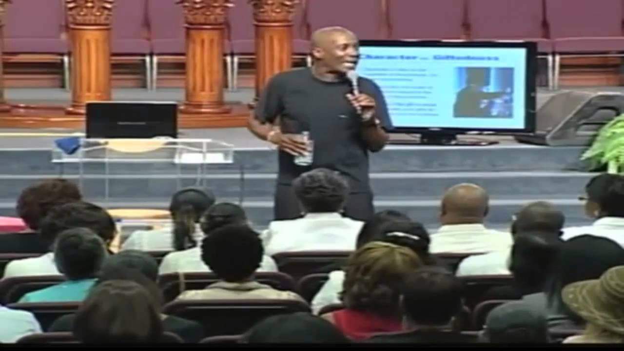 Bishop Noel Jones – Preaching 202 (Video)