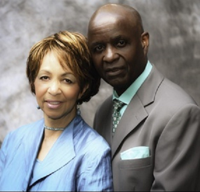 Pastor Dies in Pulpit While Admitting to Infidelity