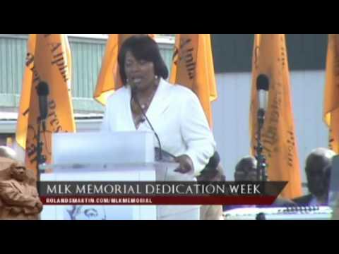 Rev. Bernice King Speaks At The Dr. Martin Luther King, Jr. Memorial Dedication (Video)