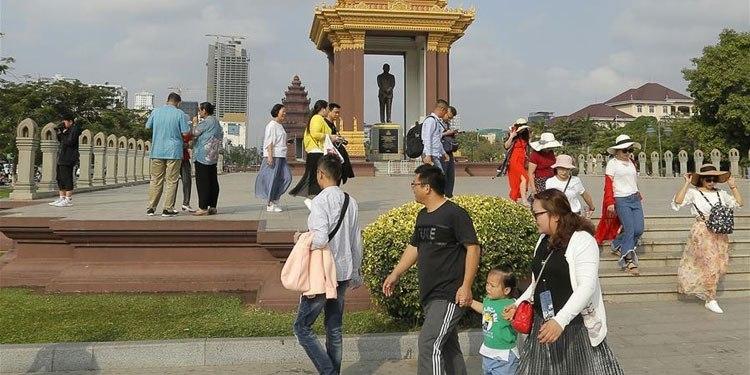 "The Cambodia Association of Travel Agents (CATA) signed a memorandum of understanding with India's SRAM & MRAM """