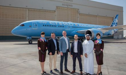 Etihad Airways unveils Manchester City FC livery on new Dreamliner