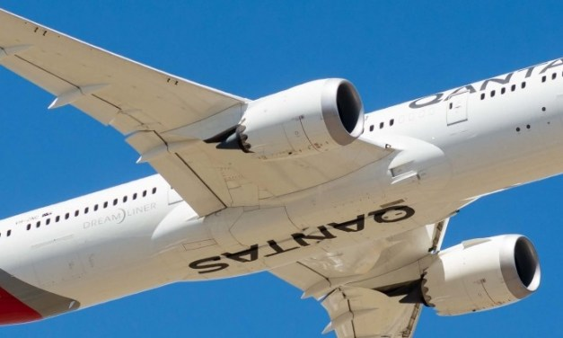 150 Qantas employees suspected of ties with organized crime