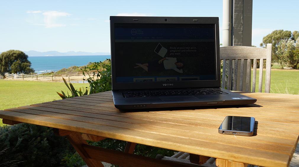 laptop-in-bear-gulley
